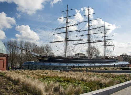 The tea clipper Cutty Sark (1869) – memorial to the past, inspiration for the future?